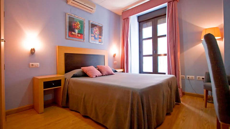 Hotel San Marcos - EDIT_room10.jpg