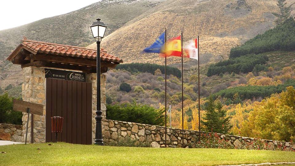 Hotel Rural Ribera del Corneja - edit_entrance.jpg