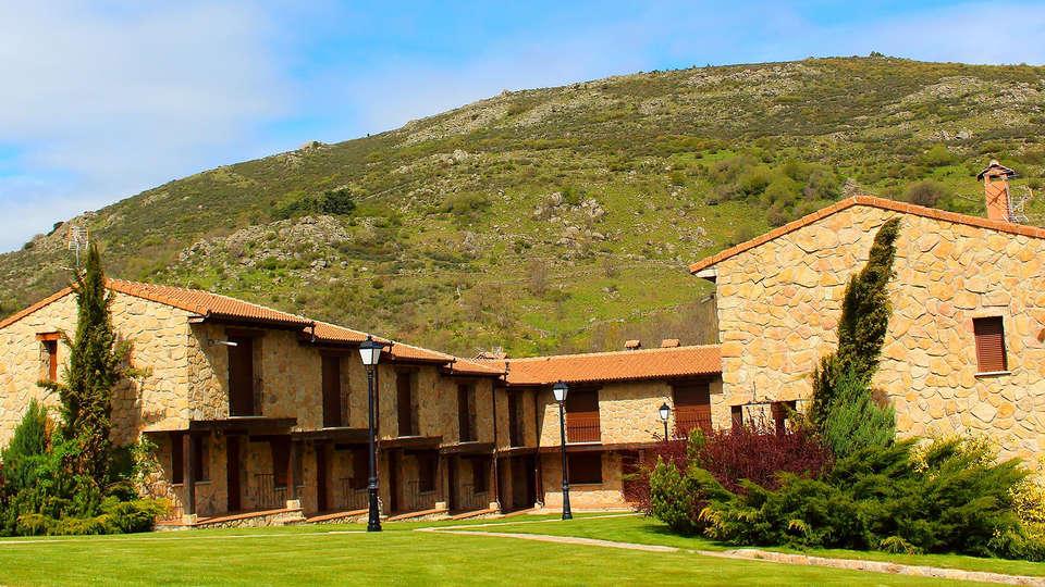 Hotel Rural Ribera del Corneja - edit_facade1.jpg