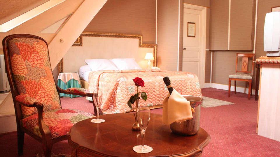 Hôtel Belle Isle sur Risle - edit_room3.jpg