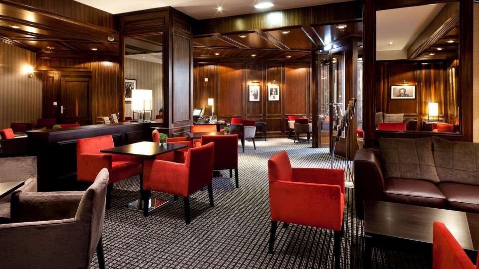 Hilton Strasbourg - EDIT_bar1.jpg