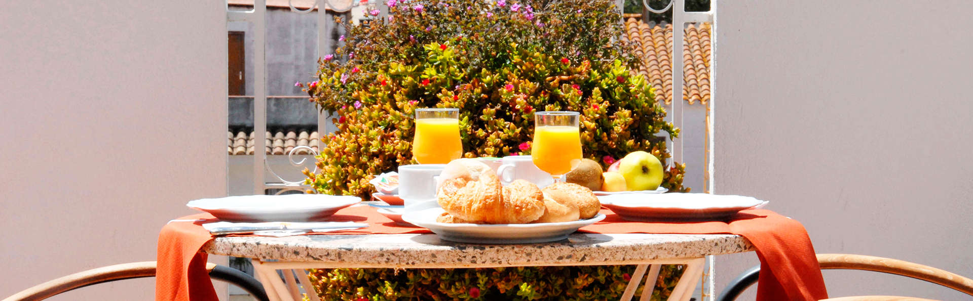 Hotel Santa Anna - EDIT_breakfast.jpg
