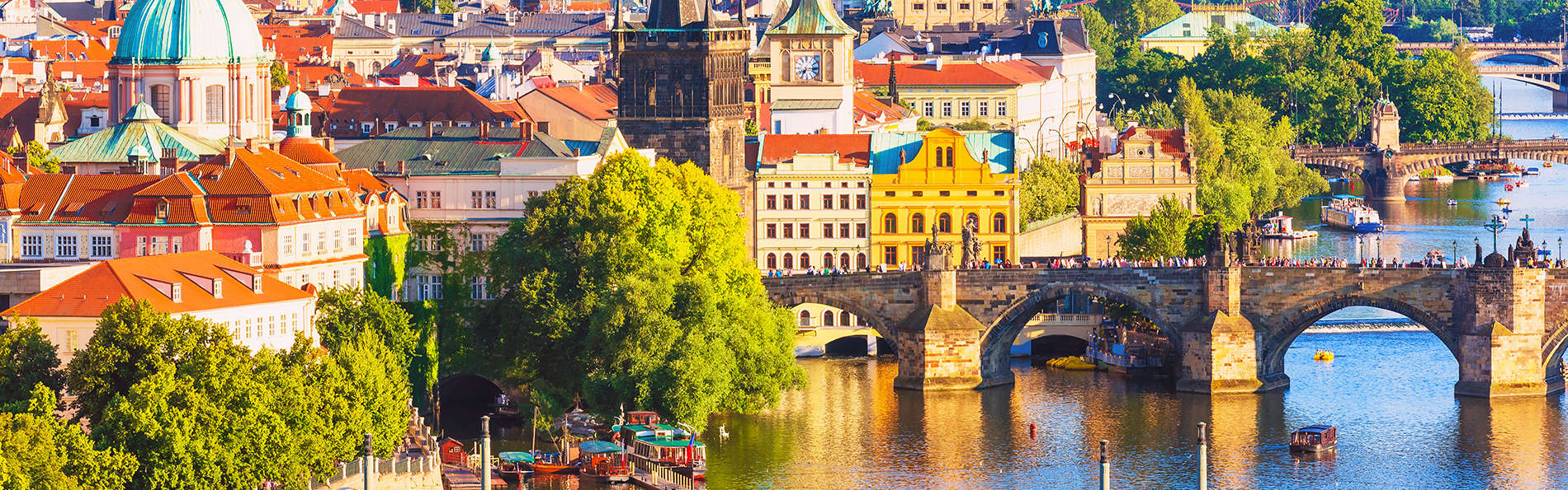 Descubre el corazón de Praga desde un hotel de lujo