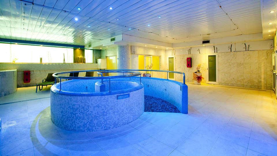 Hotel Olympia Event & Spa - EDIT_spa1.jpg