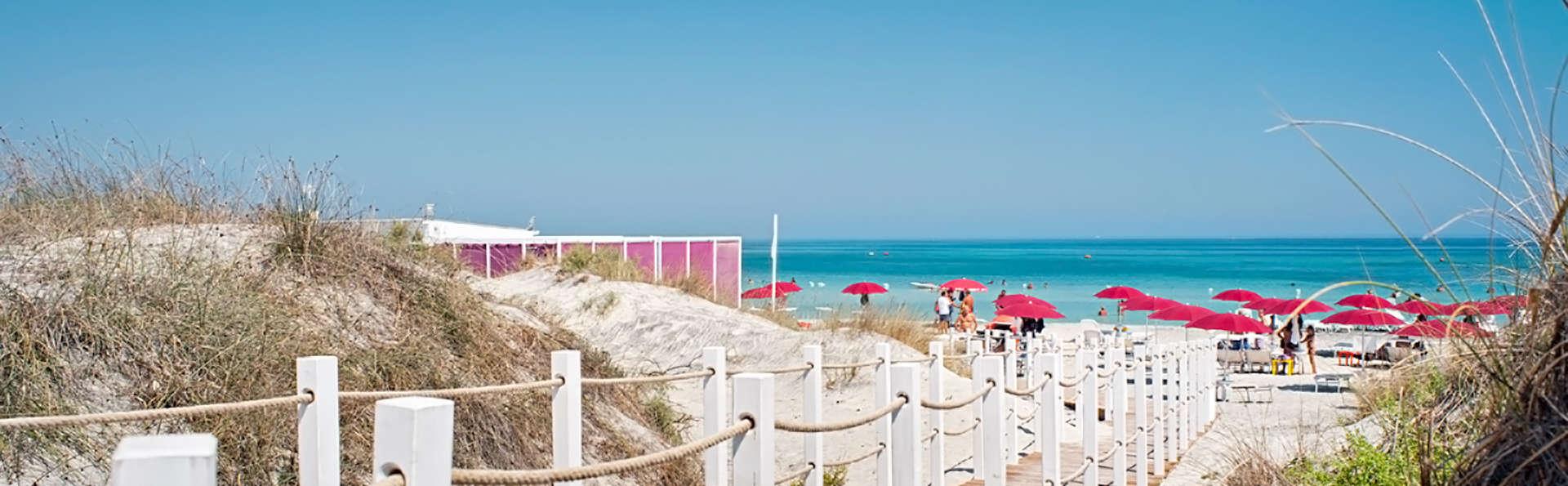 Réservez à présent dans le Salento et économisez : nuit avec petit déjeuner, spa et accès à la plage
