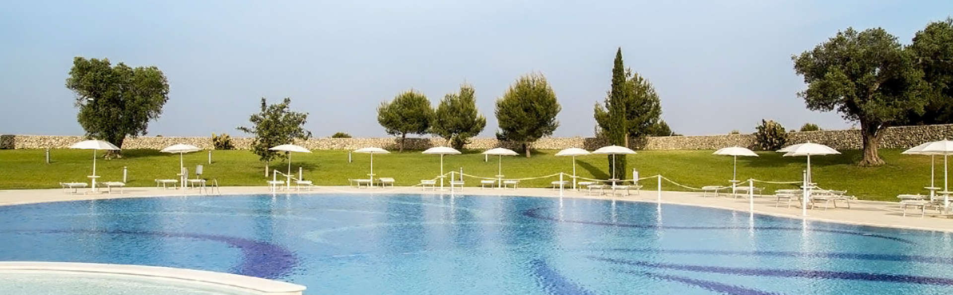 Acaya Golf Resort & SPA - Edit_Pool.jpg