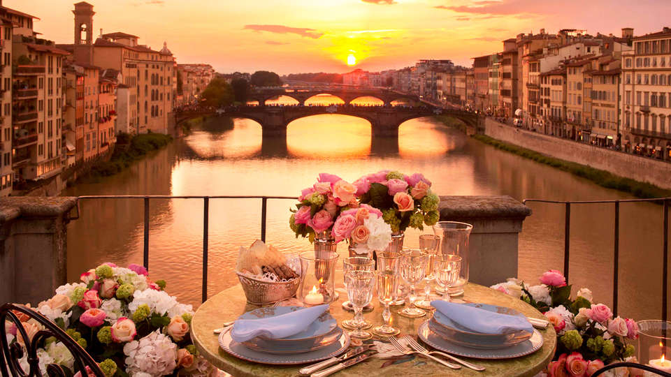 Relais Campiglioni - edit_Ponte-Vecchio-Florence.jpg