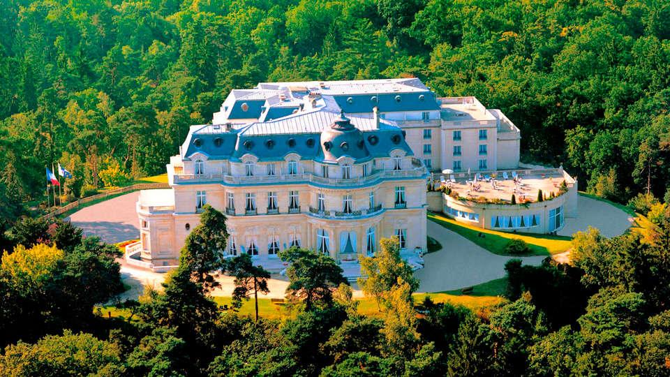 Tiara Château Hôtel Mont Royal Chantilly - EDIT_front2.jpg