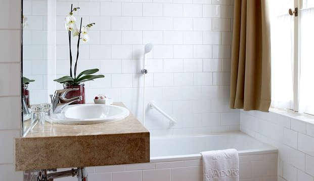 Hotel Adornes - Bath