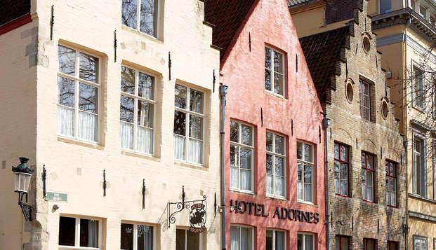 Hotel Adornes - Front
