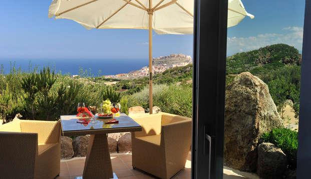 Romanticismo en un hermoso hotel de Cerdeña, con jacuzzi en la habitación
