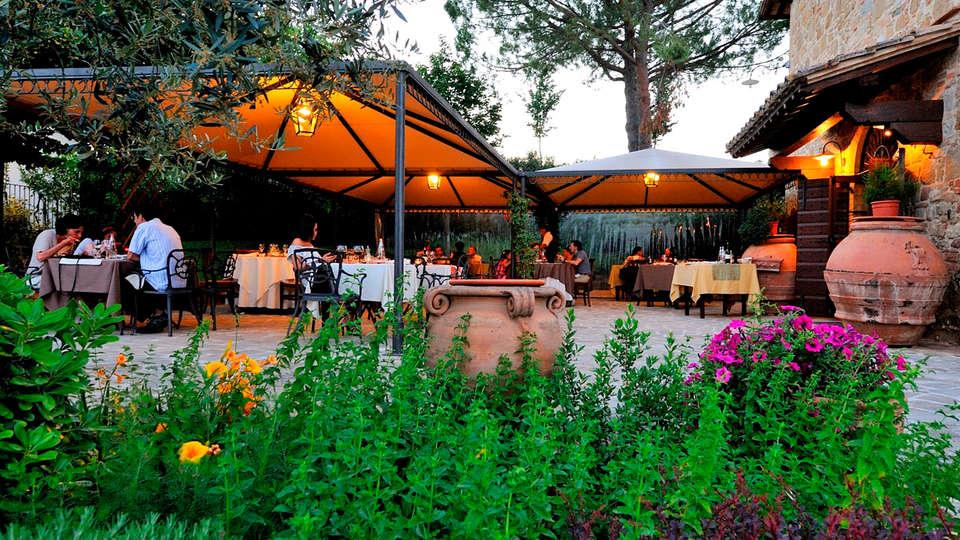 Ripa Relais Colle Del Sole - EDIT_terrace.jpg