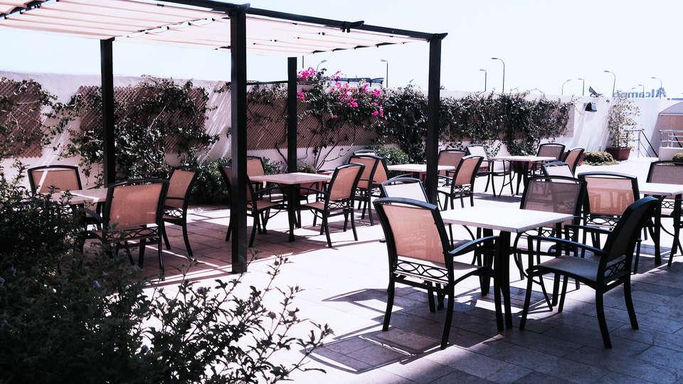 Hotel Xon's Valencia - EDIT_terrace.jpg
