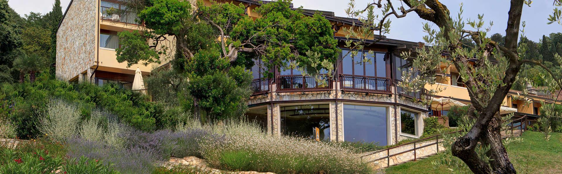 Poiano Resort - EDIT_front1.jpg