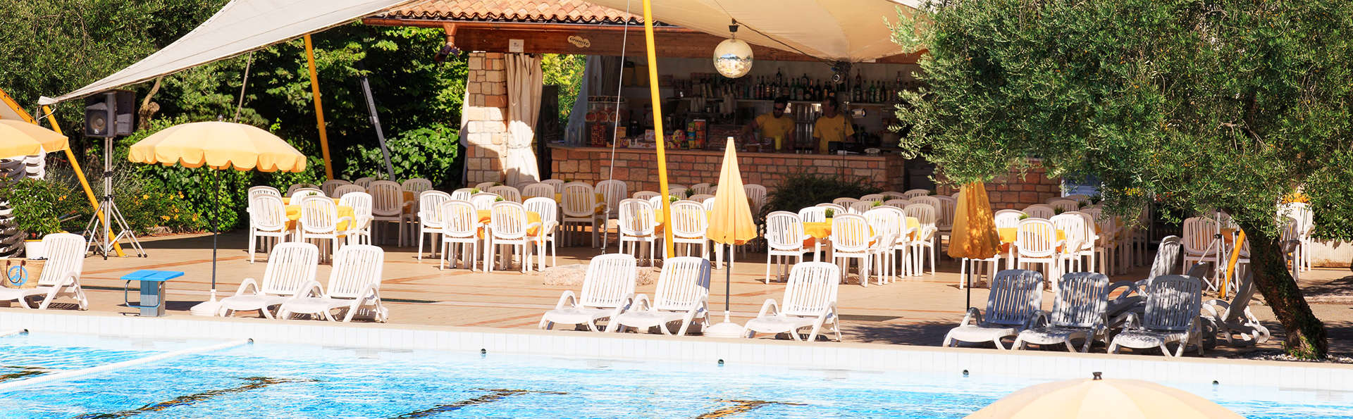 Poiano Resort - EDIT_pool.jpg