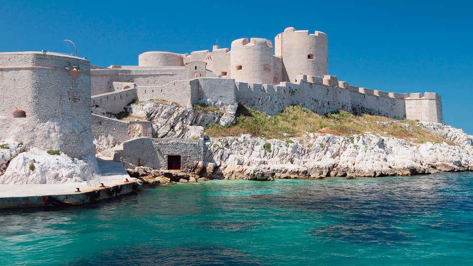 Escale Oceania Marseille Vieux Port - edit_chateau_dif1.jpg