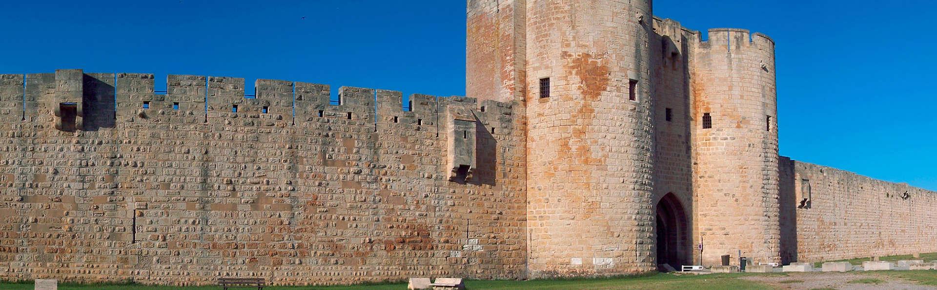 Découverte de la Grande Motte et des remparts d'Aigues-Mortes