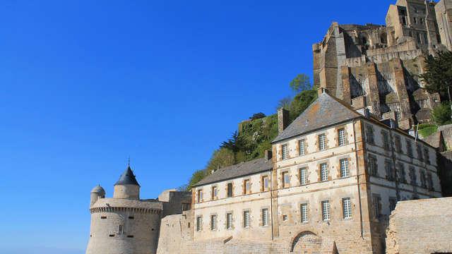 Escapade avec traversée en bateau pour les îles Chausey et découverte de l'Abbaye du Mont-St-Michel