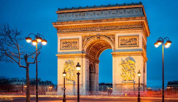 Week-end avec visite de l'Arc de Triomphe et séjour au coeur de la ville lumière