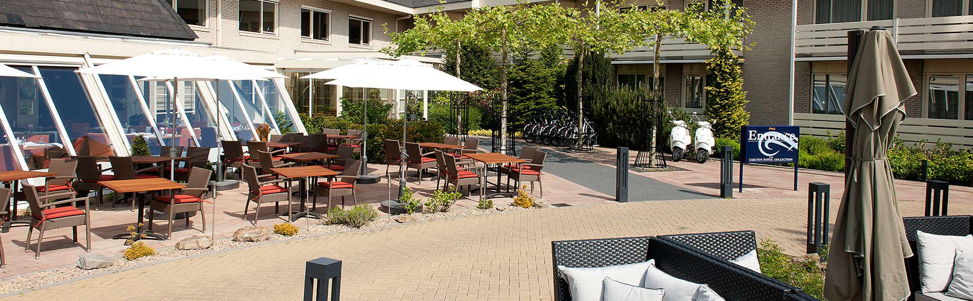 Carlton President Hotel - EDIT_terrace.jpg