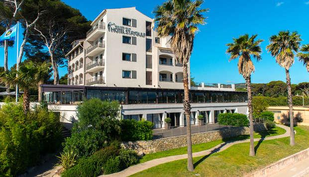 Hotel Saint-Aygulf - front