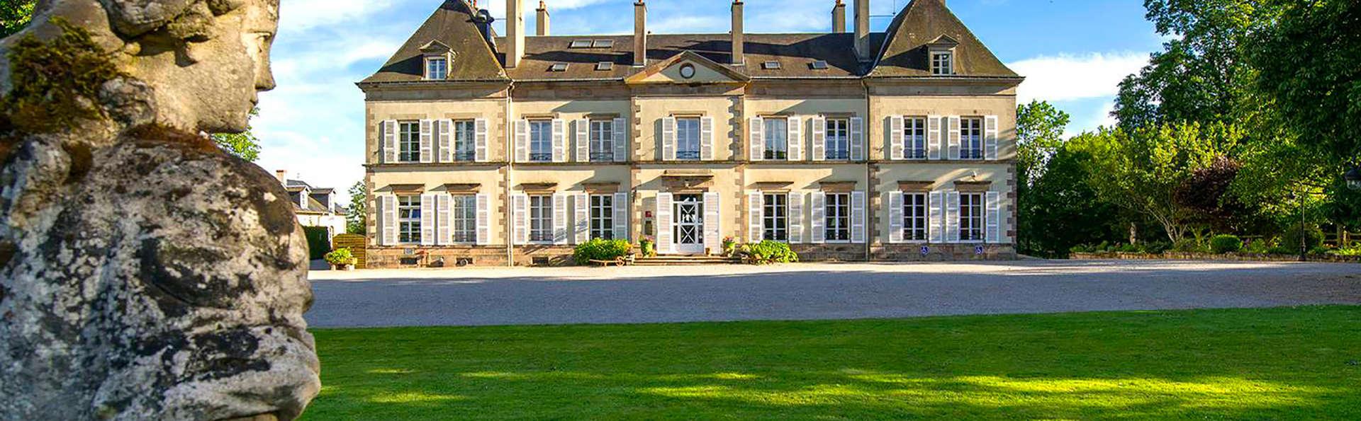 Château d'Ygrande  - EDIT_front1.jpg