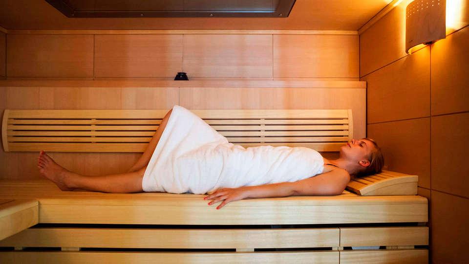 Hotel Mercure Vé - EDIT_sauna.jpg