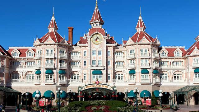 Expérience féerique à Disneyland® Paris (1 Jour / 2 Parcs)