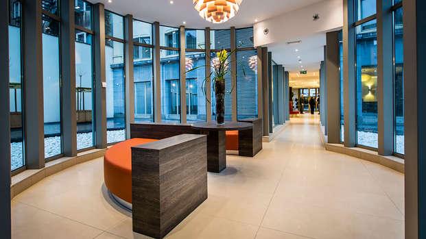 Mercure Brussels Centre Midi - lobby