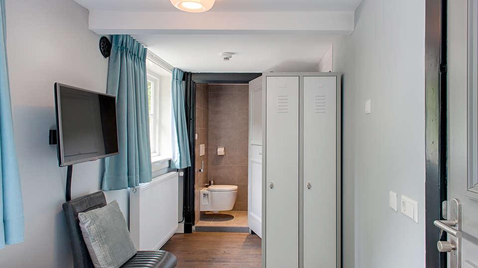 Huize Koningsbosch - Edit_bath.jpg