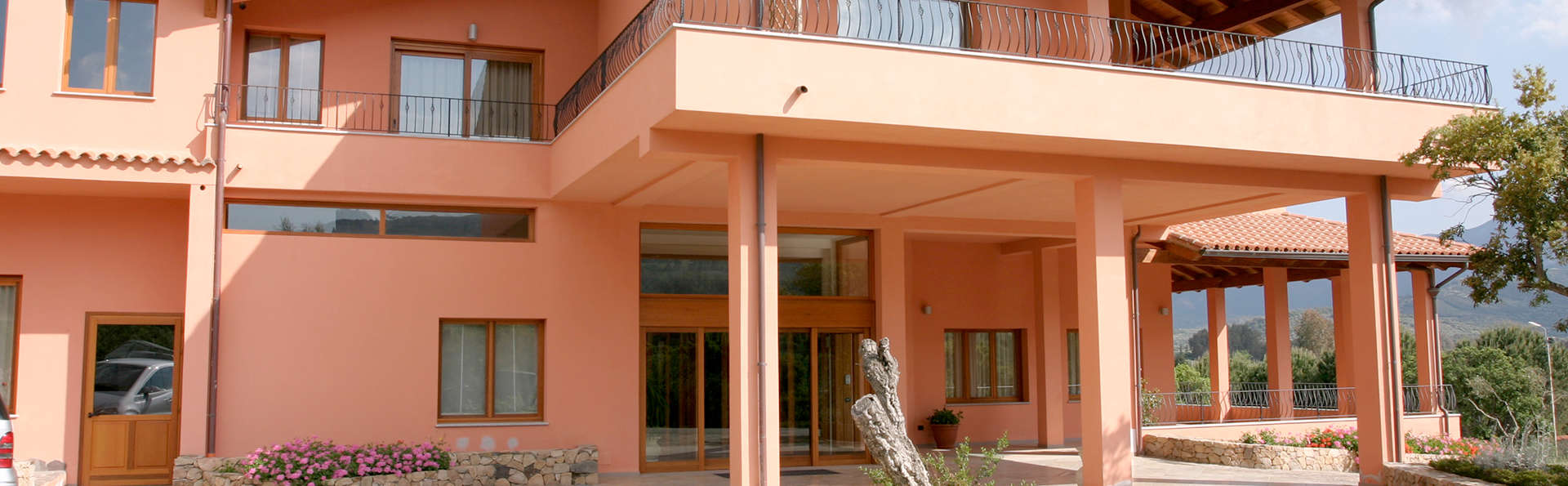 Hotel & Resort Sa Rocca - Edit_Front5.jpg