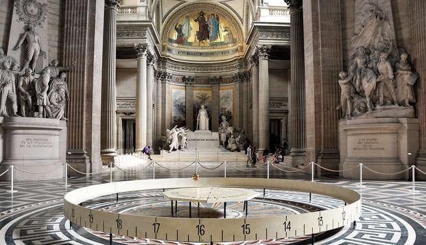 Visite du Panthéon et cocooning dans un Boutique Hôtel parisien