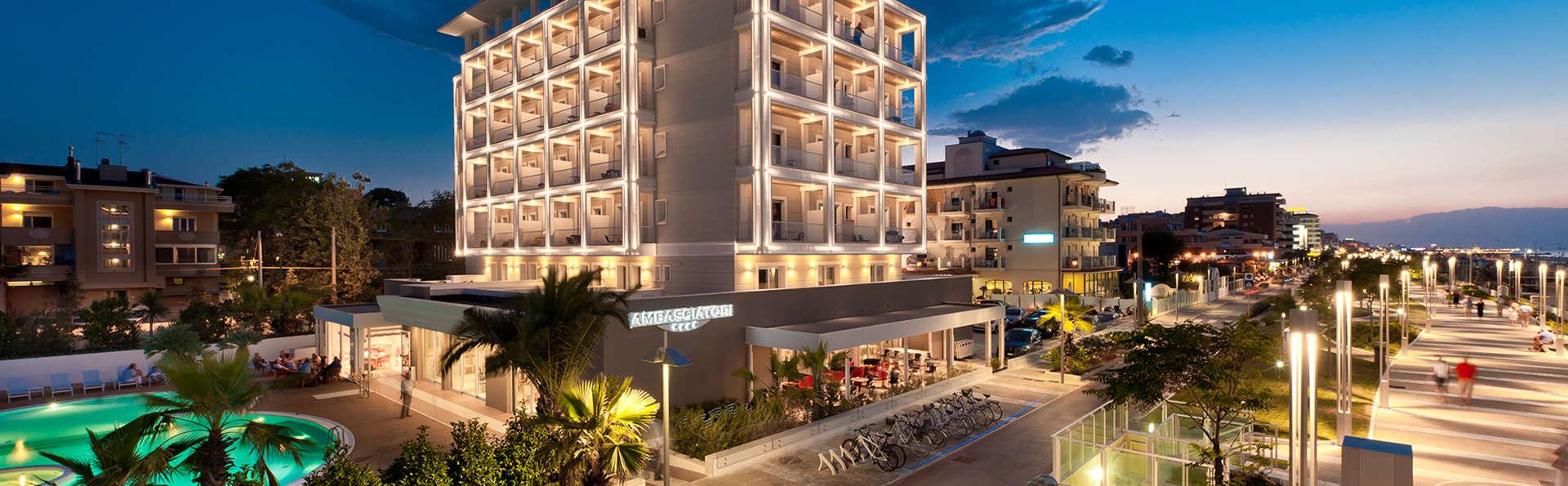 Hotel Ambasciatori - Edit_front2.jpg