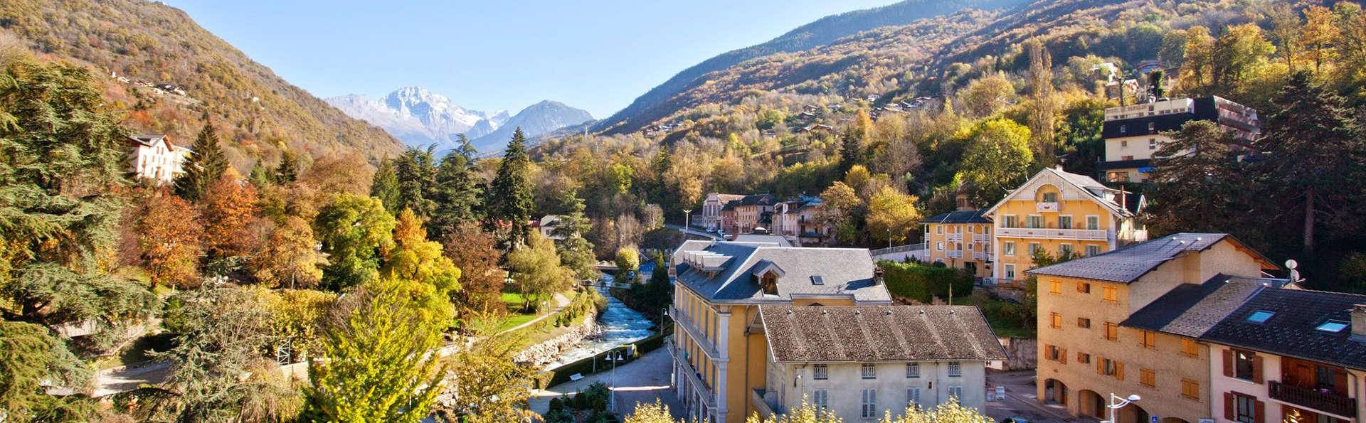 Mercure Brides-les Bains Grand Hôtel des Thermes - edit_destination.jpg