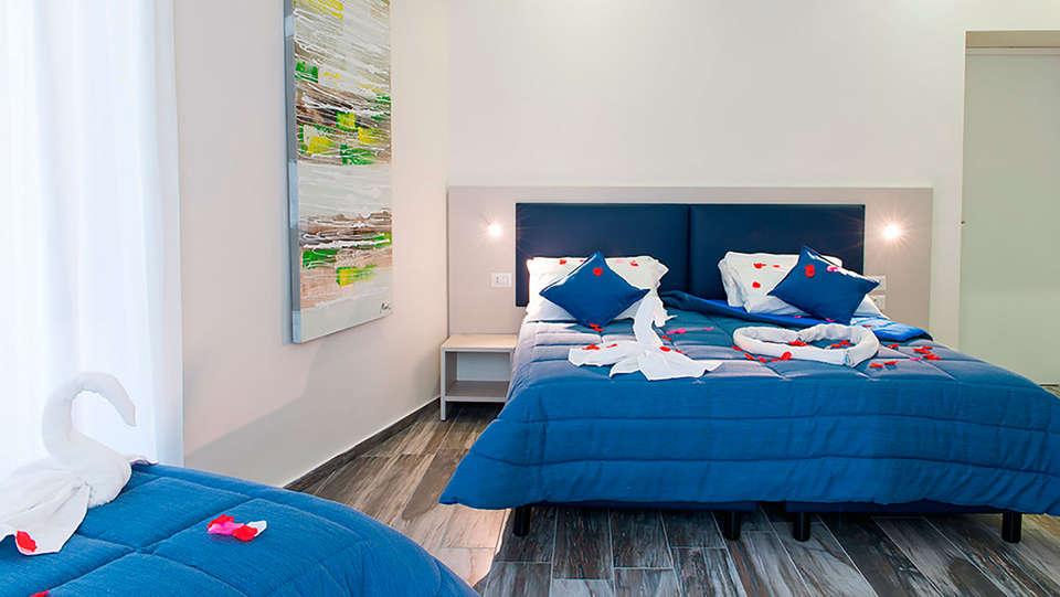 Napoli's Gold - EDIT_room4.jpg