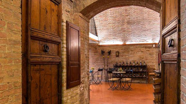Cena gastronómica típica en la verde Toscana (desde 2 noches)