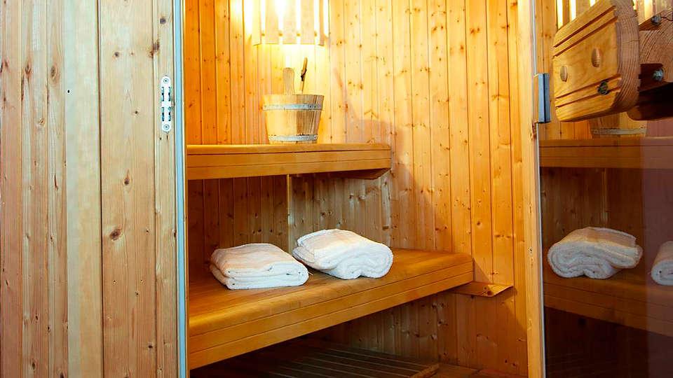 Hotel Borgo Sant'Ippolito - edit_sauna.jpg