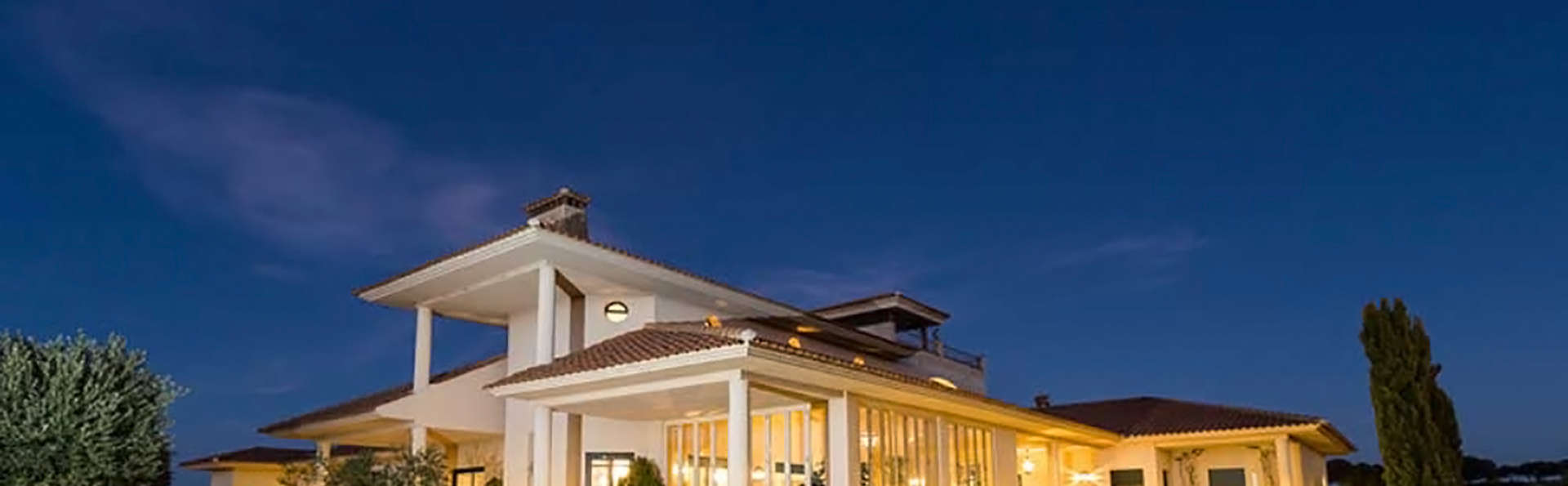 Hotel Baldio Grande - Edit_Front.jpg