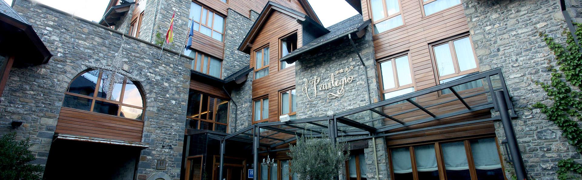 Hotel El Privilegio de Tena - Edit_Front4.jpg