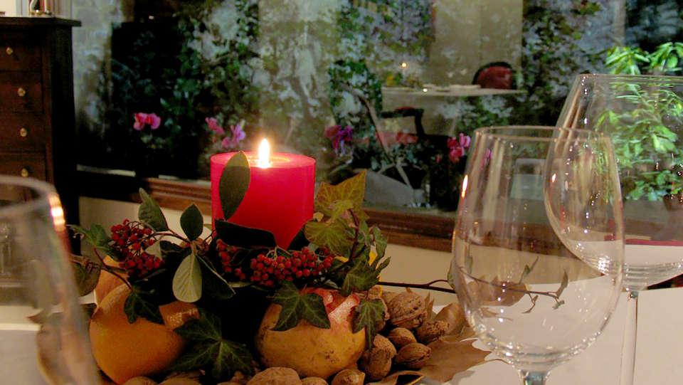 Hotel El Privilegio de Tena - Edit_Restaurant2.jpg