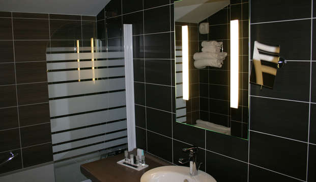Thalasso Concarneau Spa Marin Resort - bathroom