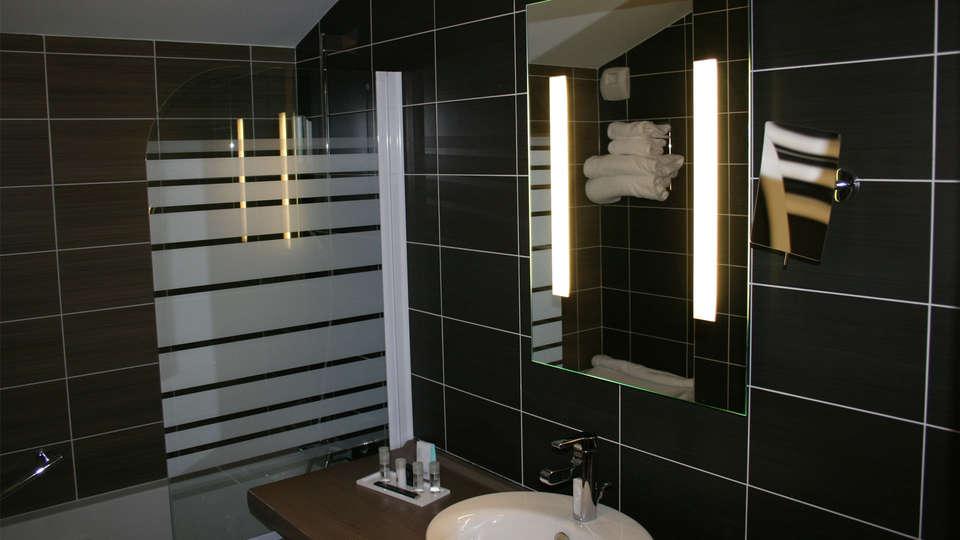 Thalasso Concarneau Spa Marin Resort - edit_bathroom384.jpg