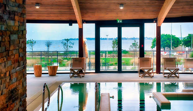 Thalasso Concarneau Spa Marin Resort - pool