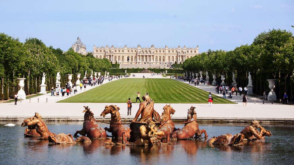 Novotel Suites Paris Rueil Malmaison - EDIT_versailles2.jpg