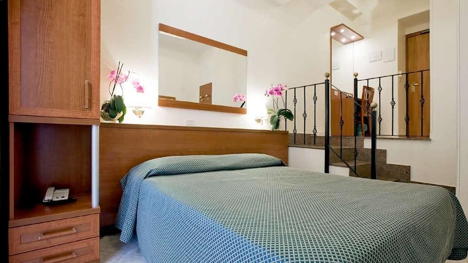 Hotel delle Muse - Edit_room6.jpg