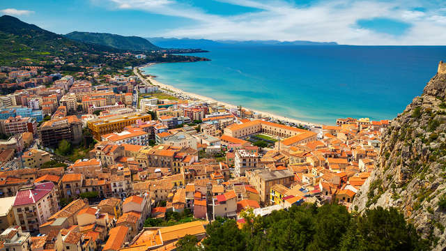 Offre exclusive : 3 nuits sur la côte de Cefalù avec surclassement de chambre !
