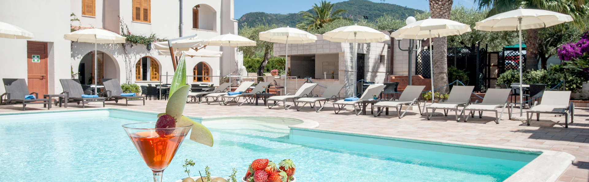 Hotel Baia del Capitano - Edit_Pool.jpg