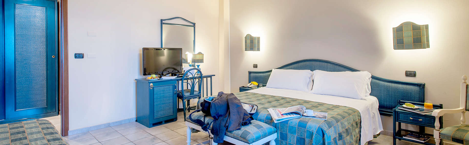 Hotel Baia del Capitano - Edit_Room2.jpg