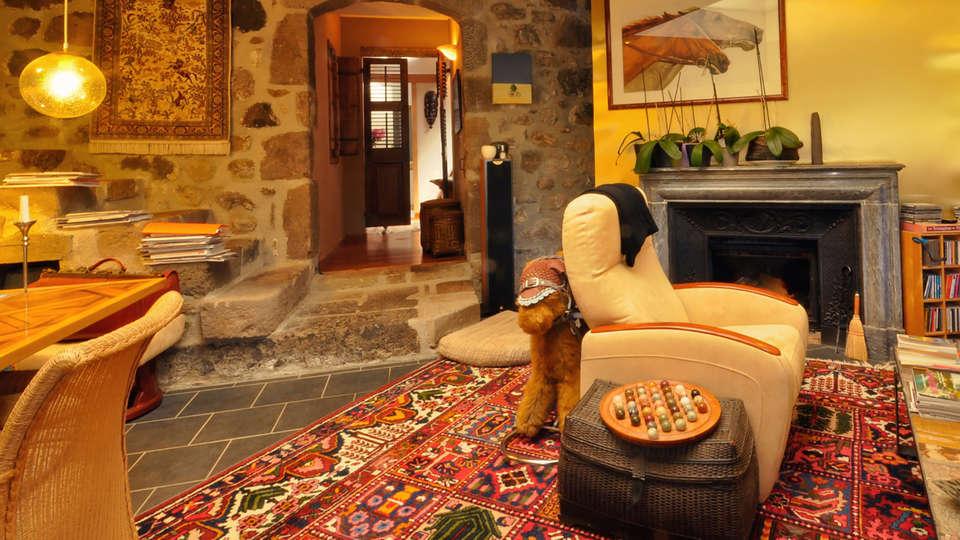 Hostellerie de la Maronne - edit_lounge.jpg
