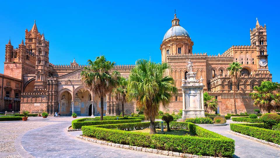 Hotel Garibaldi - Edit_Destination2.jpg